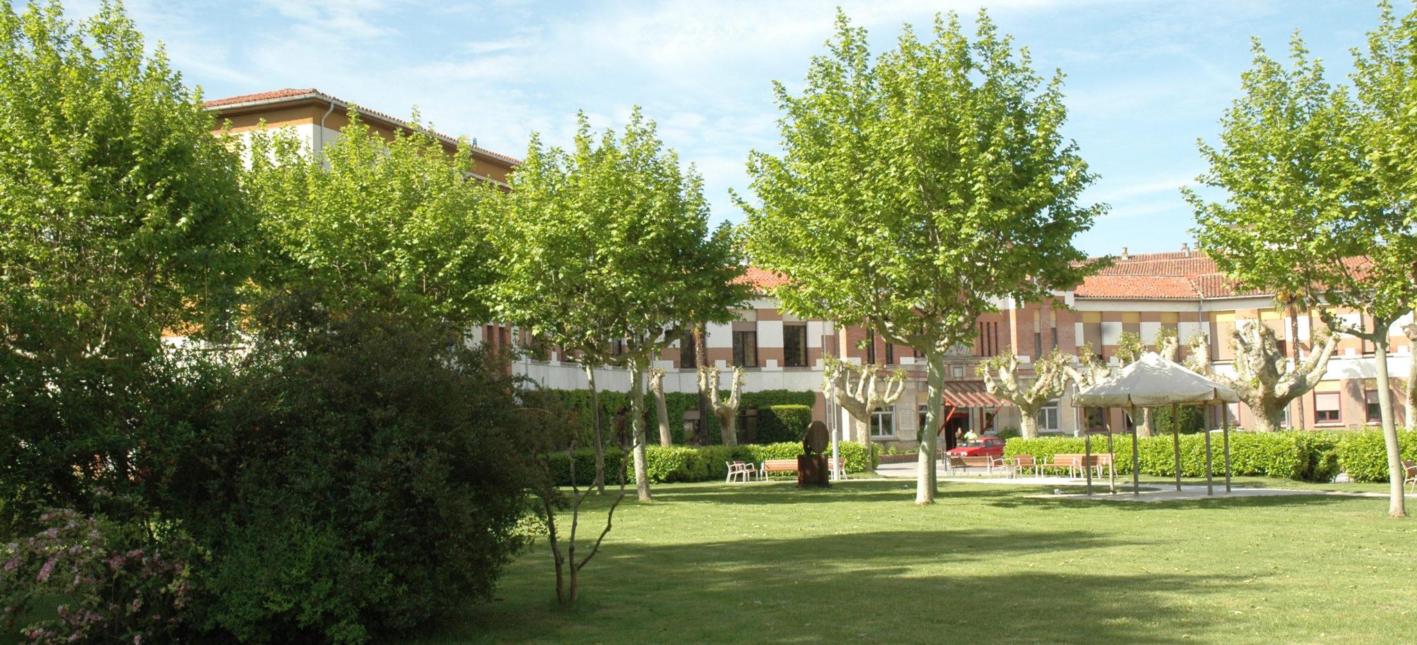 Jardines De La Casa De Misericordia