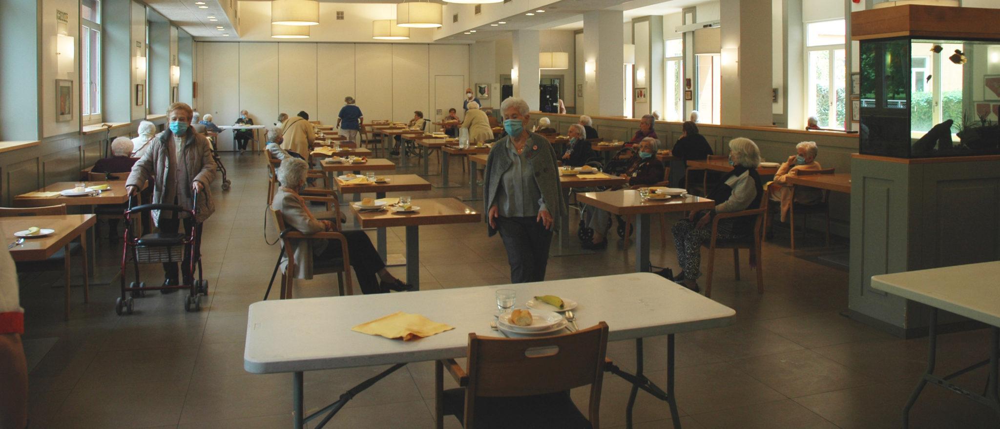 Comedor Habilitado En La Cafetería De La Casa De Misericordia De Pamplona