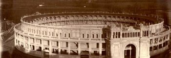 Construcción de la Plaza de Toros