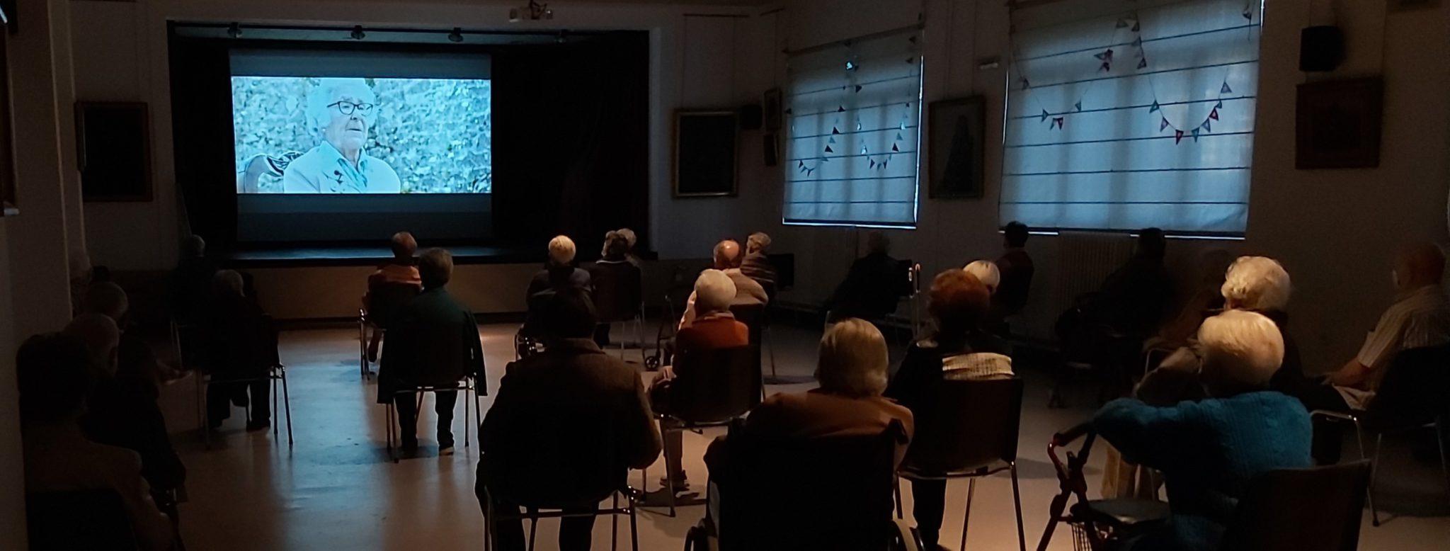 """Proyección documental """"Florecica"""""""